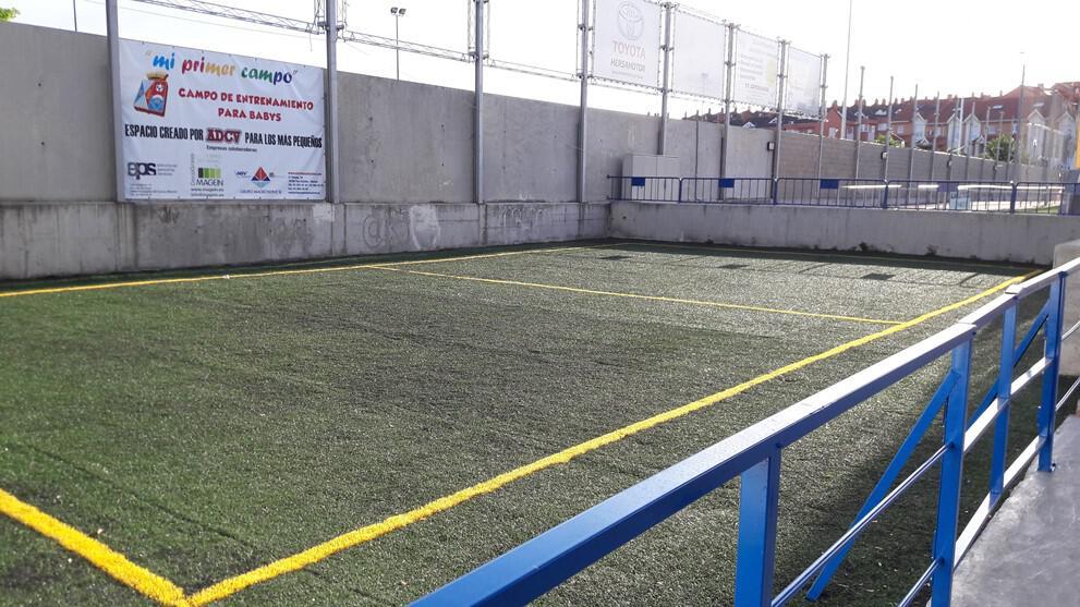 Nueva zona de entrenamientos para babys y multiusos en el Alberto Ruiz