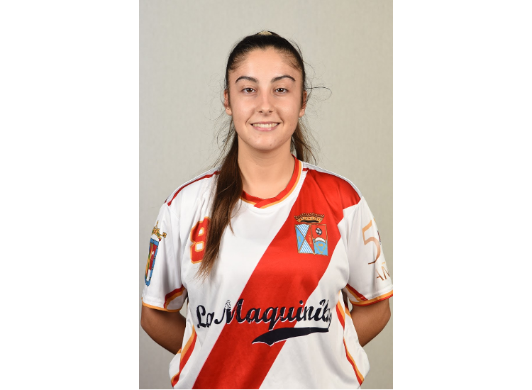 Entrevistamos a María Lozano, jugadora del Femenino de la ADCV