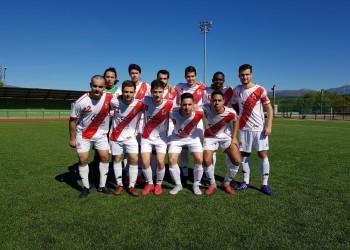 Una parte para cada equipo en el empate del Aficionado B en Alpedrete.