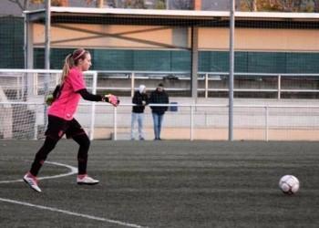 Alba Fernández, el nuevo cerrojo para la portería del Colmenar