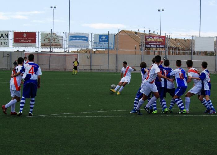 Victoria del Cadete A 5-0 contra el colista San Roque