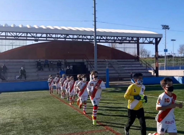 Victoria frente al Sporting seis de Diciciembre para ponernos segundos y optar a todo