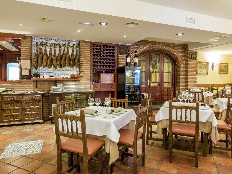 Restaurante Santi Mostacilla. Descuentos a los Socios de la Agrupación