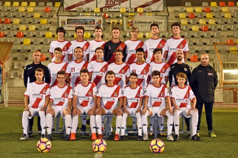 Homenaje al fútbol en el Alberto Ruiz